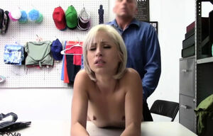 Officer ravages red-hot maiden Goldie..