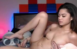 Adorable FILIPINA Web cam Lady DOING..