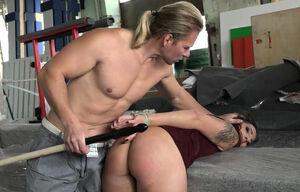 Laura wontorra nackt