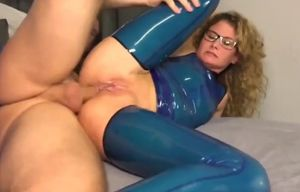 Ass-fuck internal cumshot in blue..
