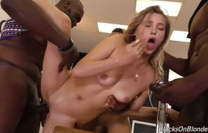 Carolina juicy big black cock group sex