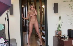 Magnificent Blond Honey Bare Photoshoot