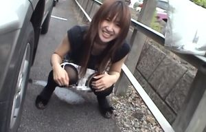 Kinky Yuzuki Hatano unveils herself in..