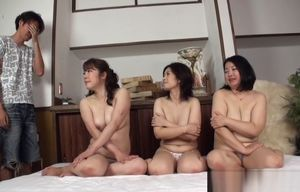 Warm mature Chinese femmes are in..