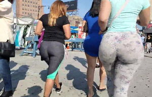 Immense Donk LATINA FROM THE BRONX
