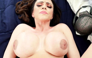 Pulverized big-boobed stepmom
