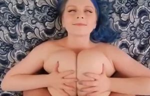 Ample funbag plus-size tittyfuck!