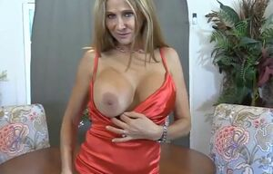 Pretty cougar elle rose  drilled by..